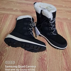 All in Motion Camila Winter Boots Black NWT